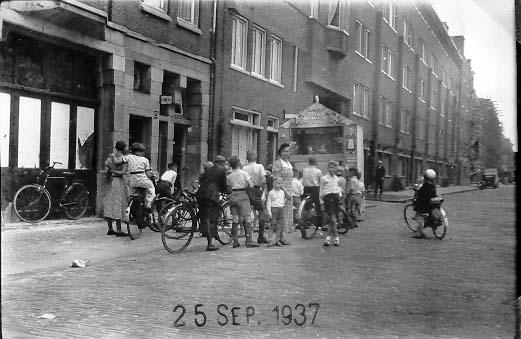 Poppenkast Helmersstraat